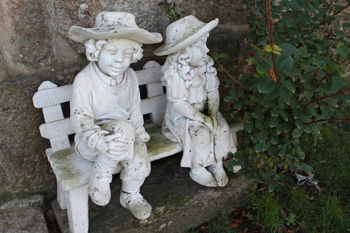 Muñecos exteriores casa rural